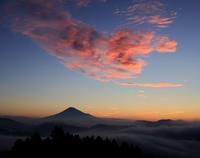 富士の朝焼と雲 - 休日はタンデムツーリング