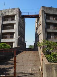 2017.04.29 カプチーノ九州旅40 池島炭鉱さるく⑬8階建てアパート - ジムニーとカプチーノ(A4とスカルペル)で旅に出よう