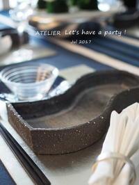 断崖絶壁の和陶器~「7月のテーブルコーディネート&おもてなし料理レッスン」より - ATELIER Let's have a party ! (アトリエレッツハブアパーティー)         テーブルコーディネート&おもてなし料理教室