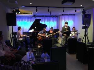 Jazzlive comin 広島  本日木曜日のライブ - Jazzlive Comin     広島  薬研堀のJazz BAR