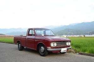 '67 Datsun 1300 Truck 520 - ロフトガレージ オート・シロー