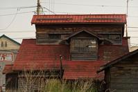 複雑な造りの旧家 - inside out