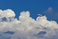雲がもくもく - 南の島の飛行機日記