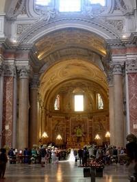 ローマの教会で涼をとる その2 (Roma) - エミリアからの便り