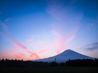 2017.7.22朝焼け雲と富士山(見返) - ダイヤモンド△△追っかけ記録