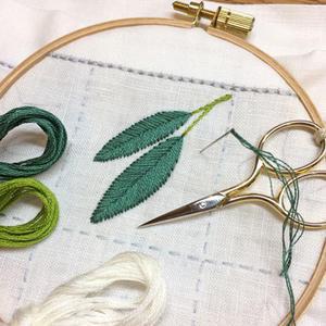 同じモチーフを違うステッチで。 - 浜松の刺繍教室 l'Atelier de foyu の 日々