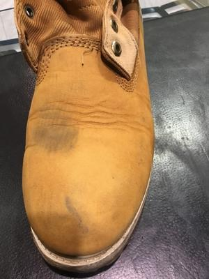 ヌバックやスエードの黒染みの除去 - ルクアイーレ イセタンメンズスタイル シューケア&リペア工房<紳士靴・婦人靴のケア&修理>