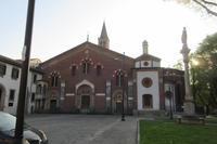 小さいけれど歴史のある教会~サンテウストルジョ教会~ - ビーズ・フェルト刺繍作家PieniSieniのブログ