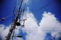 夏空と電信柱 - day pHoto