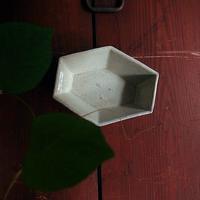 上野さんの粉引き六面鉢 - warble22ya