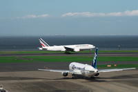 HND - 188 - fun time (飛行機と空)