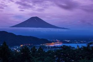 今朝の富士山と週末のイベント - 山麓風景と編み物