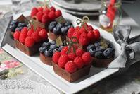 フランボワーズ de チョコタルト作りました ♪ - お菓子教室*Blue Kitchen*便り ~ a pleasant blue kitchen ~