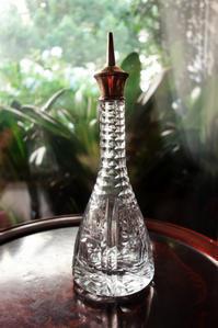 シルバー口のクリスタルオイルボトル - スペイン・バルセロナ・アンティーク gyu's shop