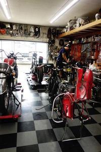 月曜日の授業風景 - Vintage motorcycle study