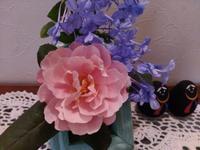 小さな夏のバラ - 美鈴とトラと私とお庭