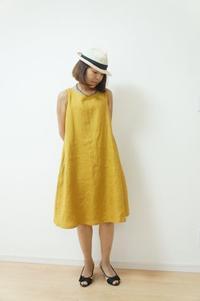 Aラインワンピの着画 - ハンドメイドで親子お揃い服 omusubi-five(オムスビファイブ)