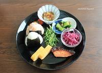 鮭の西京焼き風ランチ - 男子高校生のお弁当