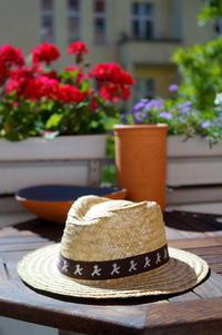 AMPELMANNの特別な夏帽子 - べルリンでさーて何を食おうかな?