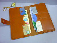三色そろい踏み……テキパキ「ケース」 - 手縫い革小物 paddy の作品箱