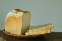 7/26 ゆるいパンを焼く - 「あなたに似た花。」