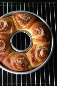 非フォトジェニックなパンとチョコサブレとフォトジェニックな空 - Baking Daily@TM5