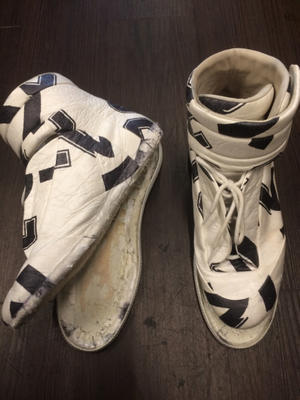 Maison Margiela メゾン マルジェラ スニーカー ソール再接着 - 越谷市の 靴修理 鞄修理 靴磨き の専門店『グレイズブラン(glazeblanc)』