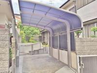 カーポートと伸縮門扉 - 横浜の外構エクステリア&ガーデニングのヨコハマリード☆