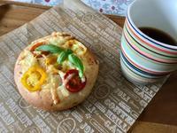 トマトのはちみつバジルブレッド - カフェ気分なパン教室  ローズのマリ