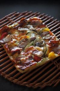 夏野菜とパンチェッタのフォカッチャ - The Lynne's MealtimesⅡ