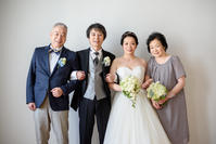 新郎新婦様からのメール 撮影用のブーケ、ご家族と一緒にあたたかな一枚を  ラヴィ・ファクトリー表参道様へ - 一会 ウエディングの花