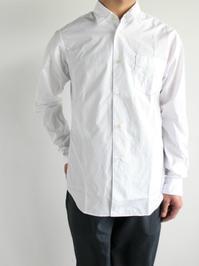 Sans limite レギュラーカラーシャツ - 『Bumpkins putting on airs』