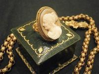 古典的彫りの美しいカメオリング - AntiqueJewellery GoodWill