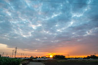 早朝 - 空を見上げて