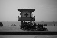 beach - floating mind