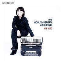 J.S.Bach: Das Wohltemperirte Akkordeon@Mie Miki - MusicArena