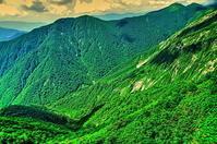 谷川岳 夏の峰 - 風の香に誘われて 風景のふぉと缶