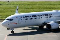 2017宮古空港 その6 JTA B737-800 クイナジェットのスポットイン - 南の島の飛行機日記