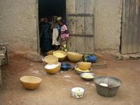 料理をするマダムたち 日常の風景 - 特定非営利活動法人サヘルの森 スタッフブログ