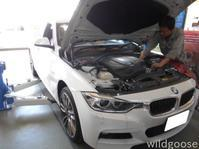BMW アクティブハイブリッド3 エアチャージガイド割れ(泣) - ★豊田市の車屋さん★ワイルドグース日記