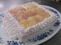 8月のお誕生ケーキ - 大津ケアセンター ブログ