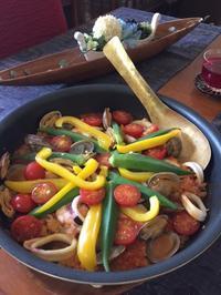 2017年8月のアンコ-ルレッスンが終わりました。~夏野菜と魚介のパエリア - Blooming Kitchen 坂の上の小さな料理教室