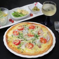 豚肉とシラスの和風ピザ - Mme.Sacicoの東京お昼ごはん