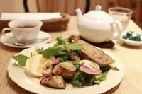 *Afternoon Tea TEAROOM* 〜ハニーチキンとアボカドのサラダプレート〜 - うろ子とカメラ。