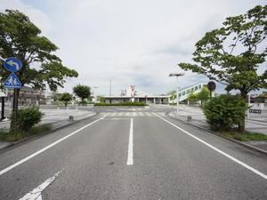 フレンチバル GOE - 飯田亮建築設計室×COMODO建築工房の時事日想