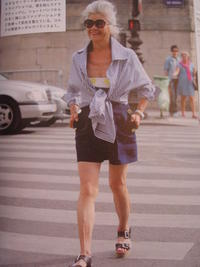 ショートパンツのマダムと肌 - LilyのSweet Style