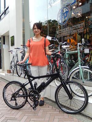 8月12日渋谷原宿の自転車屋FLAME bike前です -