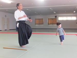 孫と遊んで体力づくり -