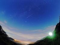 月明かりと雲と戦いながらペルセウス座流星群の撮影 - のんびりまったり写真館