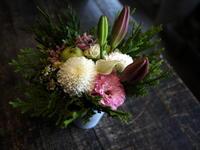 お盆用のアレンジメント。南区南沢4にお届け。2017/08/12。 - 札幌 花屋 meLL flowers